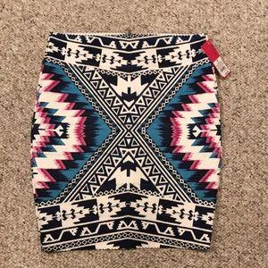 Dresses & Skirts - NWT bandage skirt